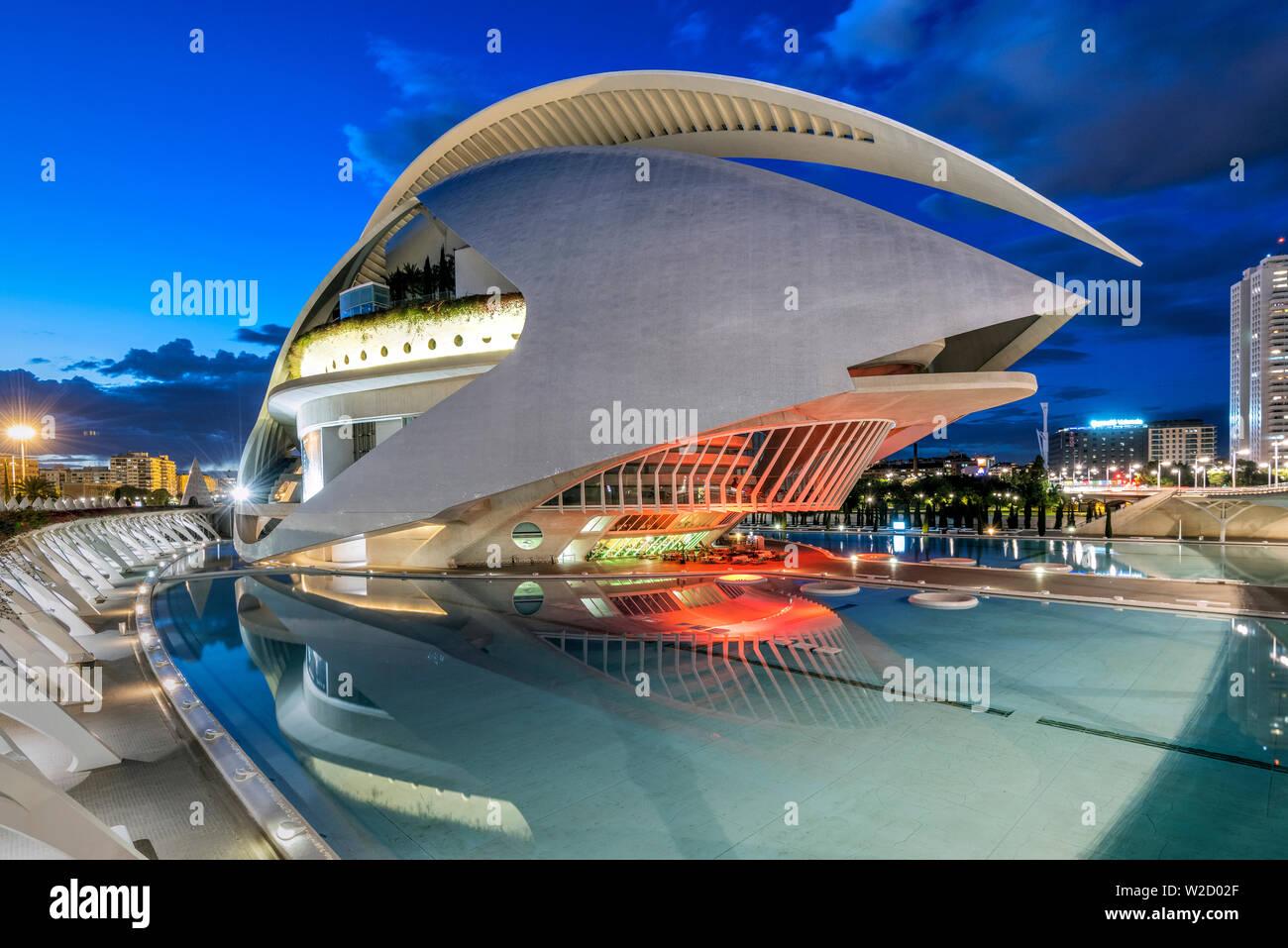 Palau de les arts Reina Sofia opéra, Cité des Arts et des sciences ou Ciudad de las Artes y las Ciencias, Valencia, Comunidad Valenciana, Espagne Banque D'Images