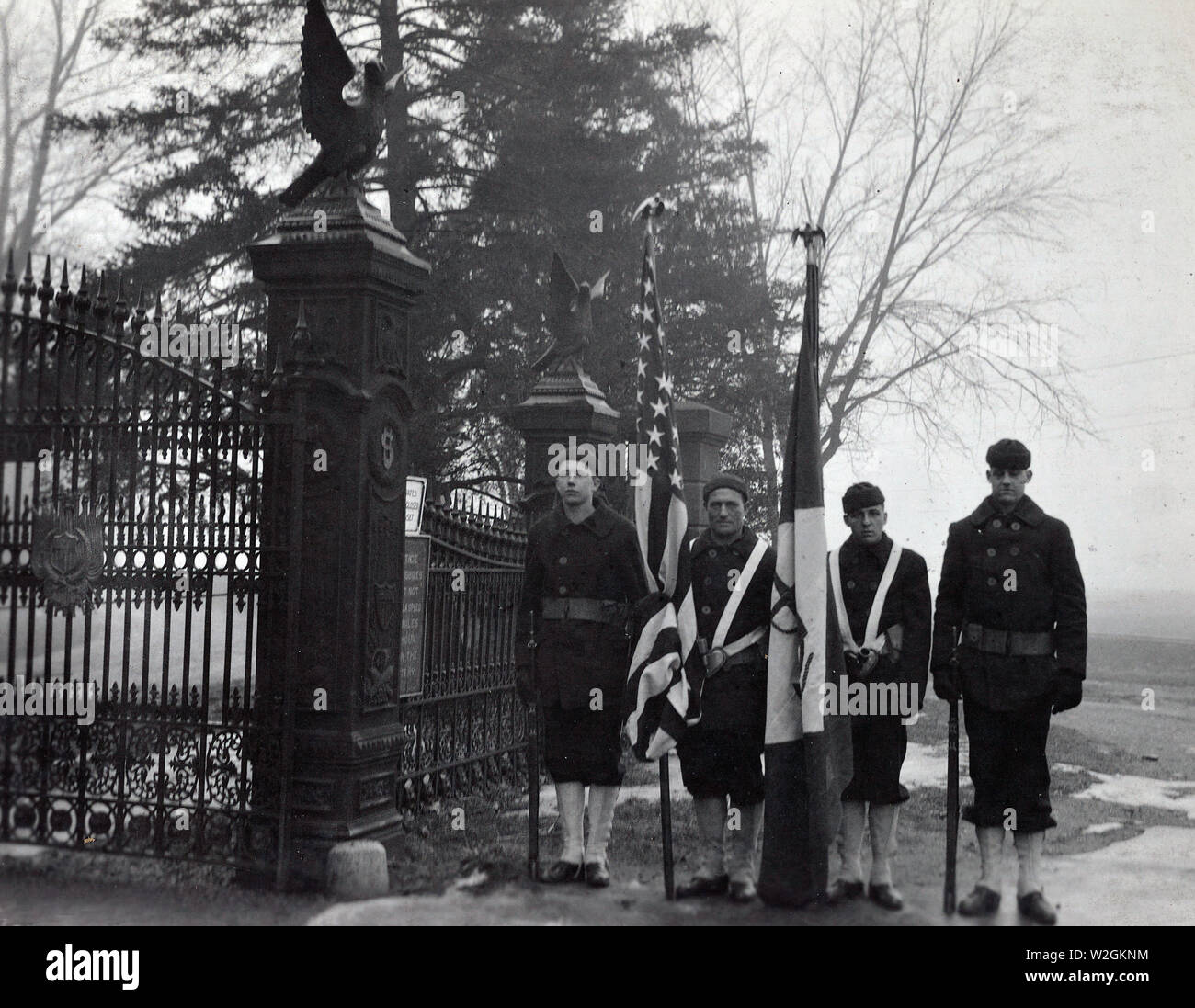 Funérailles d'un officier de marine, le cimetière d'Arlington, en Virginie. Pas identifié. Les couleurs et les petites annonces pour adultes in ca. 1920 Banque D'Images