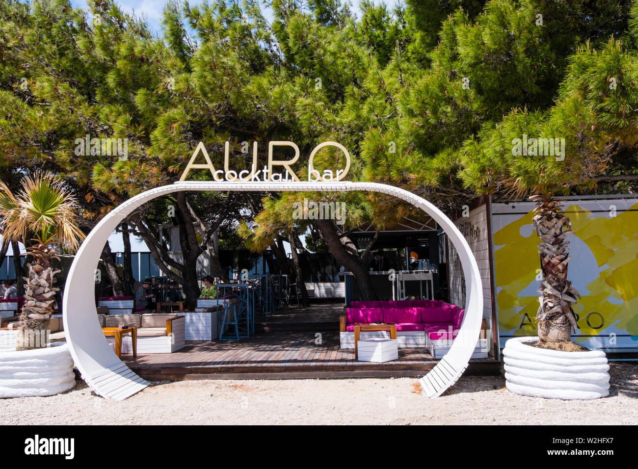 Auro, bar à cocktails, Zlatni rat, Bol, Brac, Dalmatie, Croatie Photo Stock