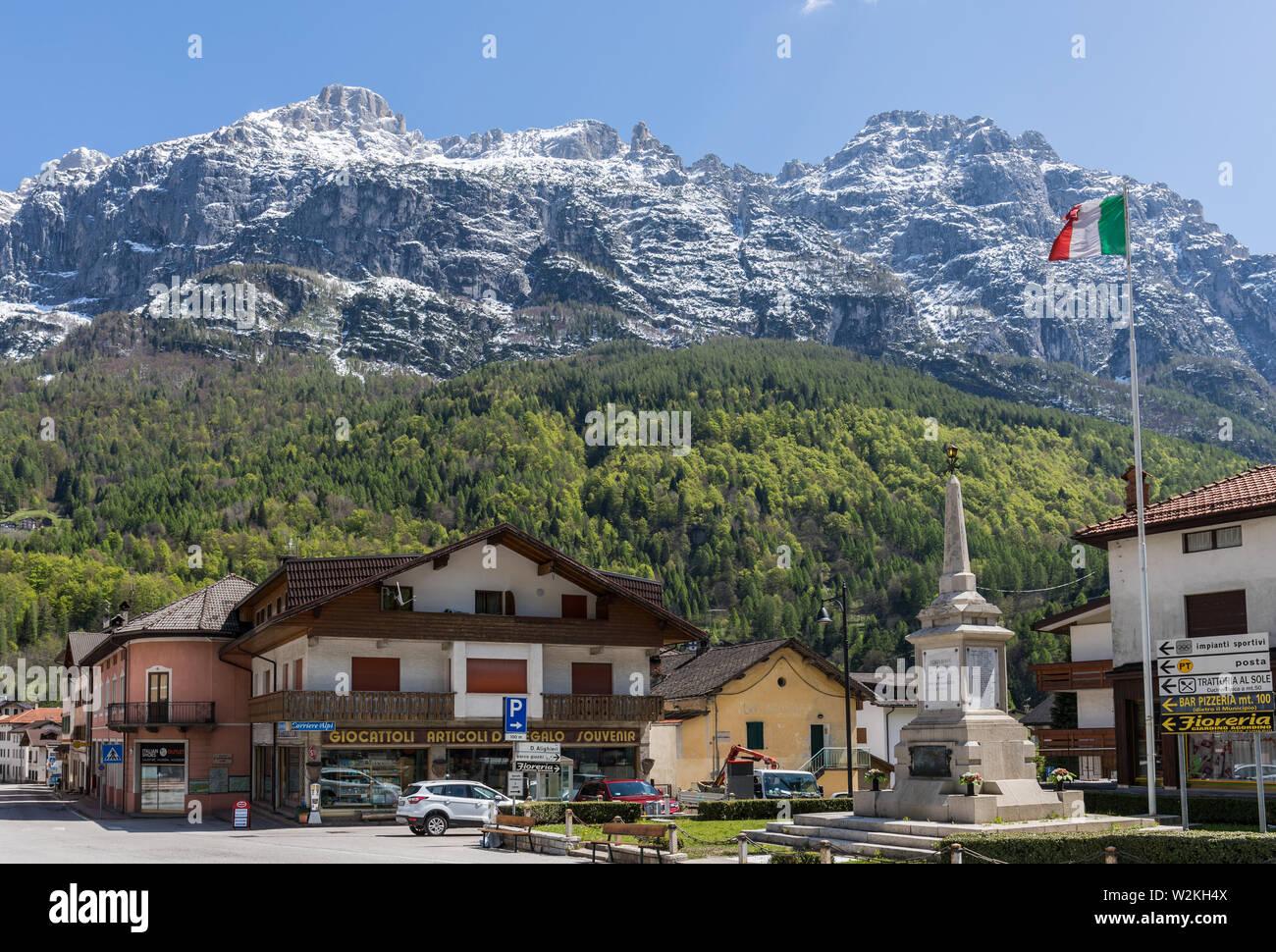 Cencenighe Agordino, Dolomites, Italie Banque D'Images