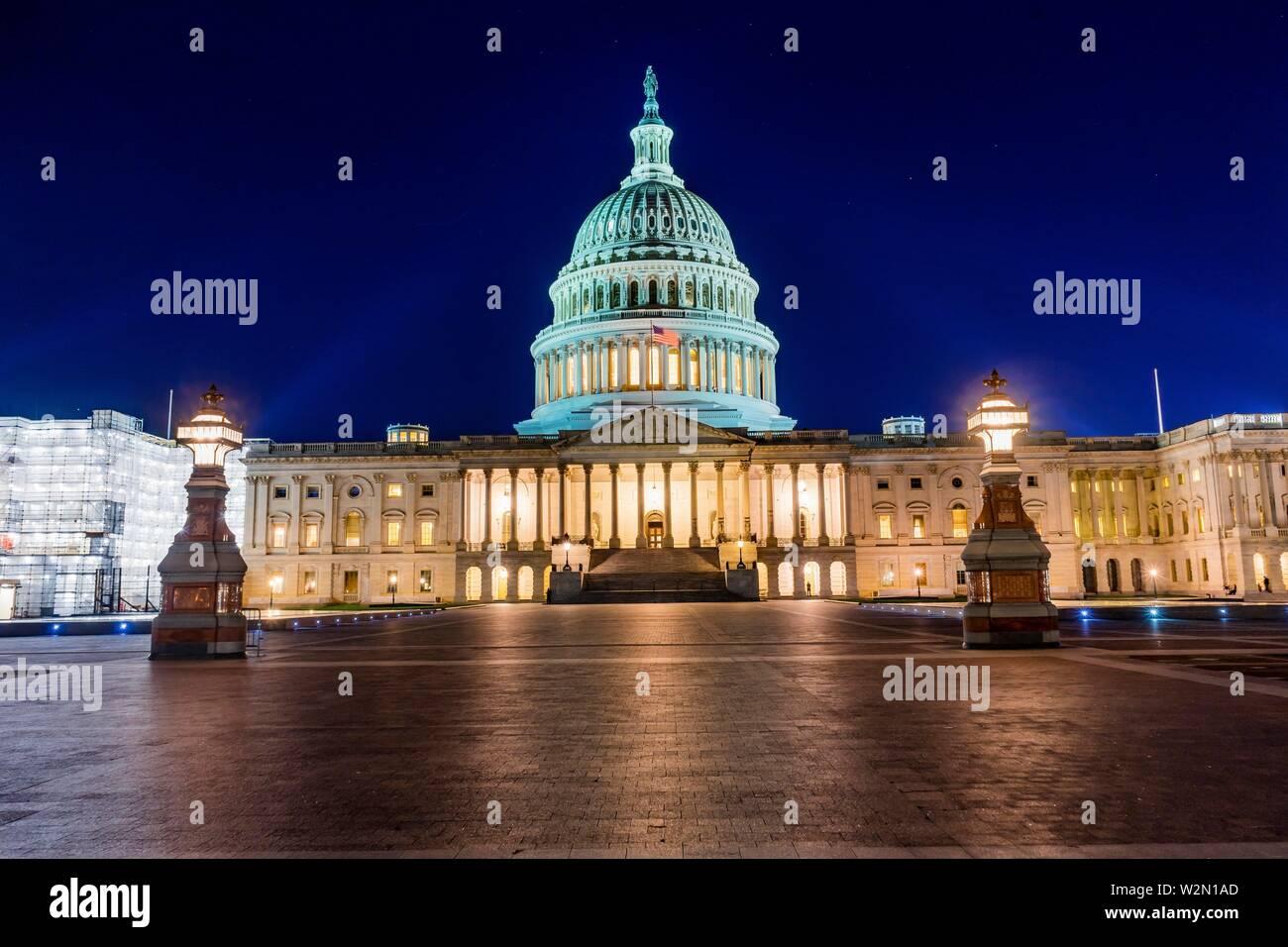 Capitole du côté nord de la Chambre des représentants du Congrès Sénat Capitale nuit étoiles Washington DC. Banque D'Images
