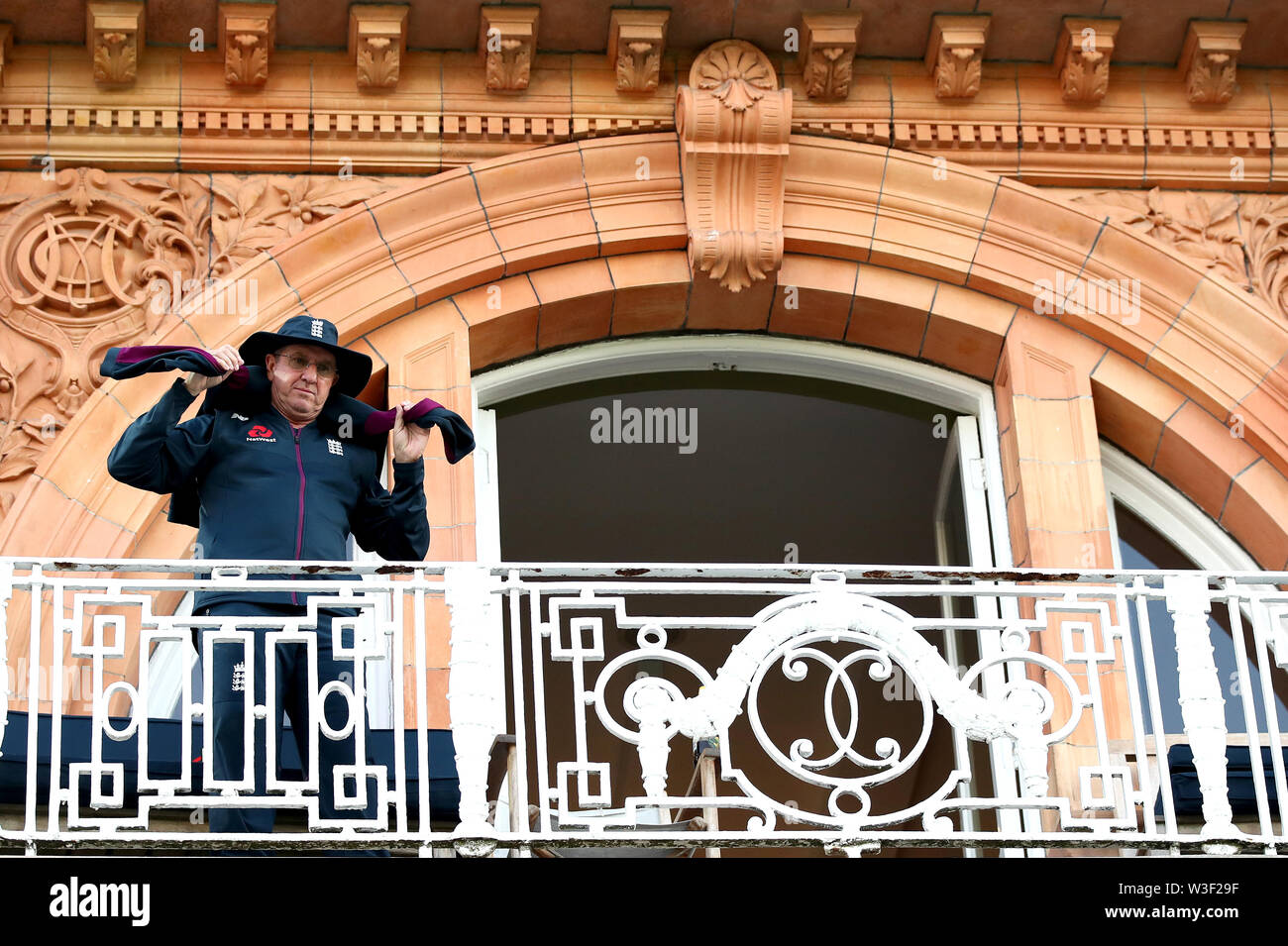 L'entraîneur d'Angleterre Trevor Bayliss après le match lors de la finale de la coupe du monde de l'ICC à Lord's, Londres. APPUYEZ SUR ASSOCIATION photo. Date de la photo: Dimanche 14 juillet 2019. Voir PA Story CRICKET England. Le crédit photo devrait se lire comme suit : Nick Potts/PA Wire. Banque D'Images