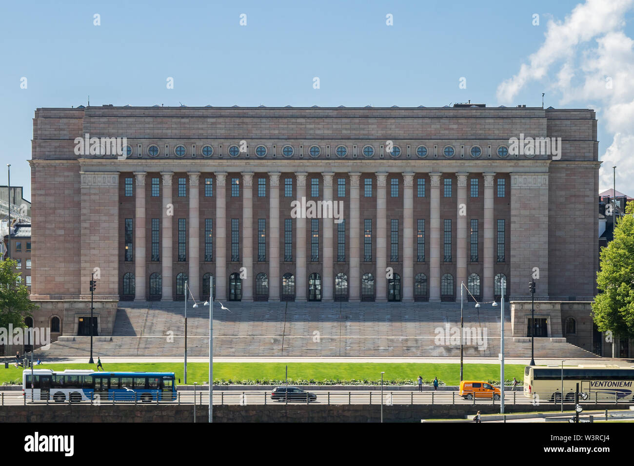 Helsinki, Finlande - 1 juillet 2019 - Flexible le Parlement de Finlande à Helsinki Photo Stock