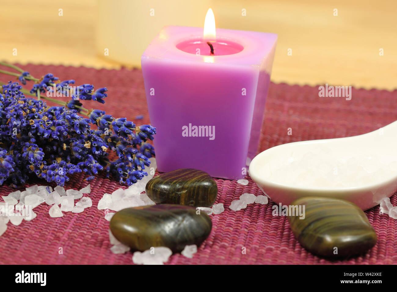 Spa still life. Un soin d'aromathérapie pour vous détendre et de beauté Photo Stock