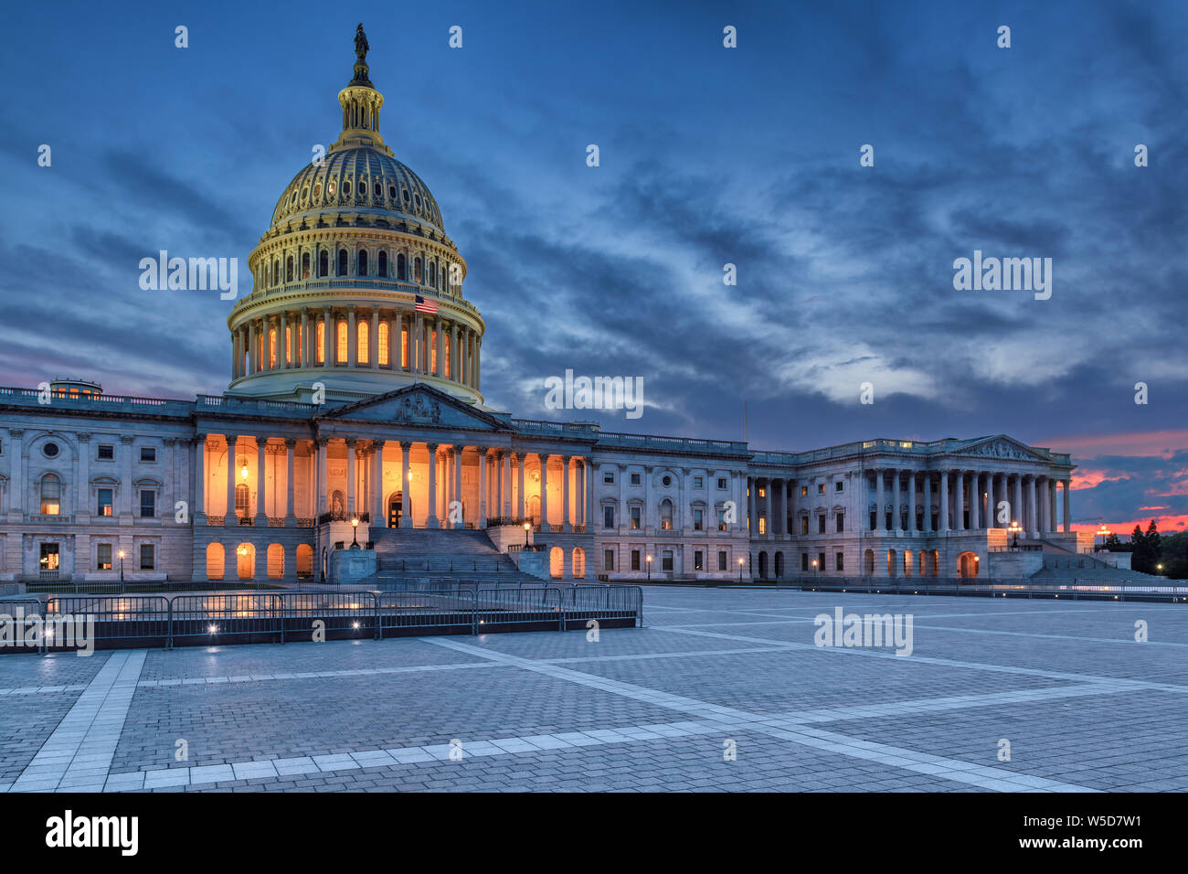 Le United States Capitol building at night, Washington DC, USA. Banque D'Images