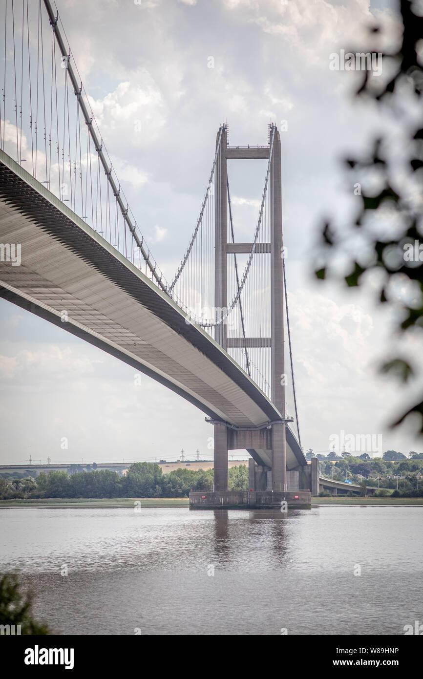 Le Humber Bridge, à Hull, dans le Yorkshire UK grand span suspension bridge Banque D'Images