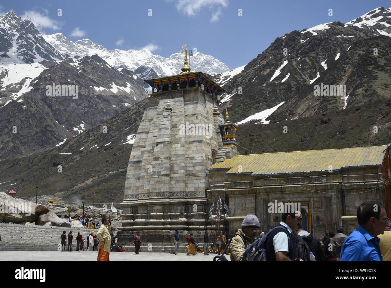 Temple Hindou de Saint Seigneur Shri Kedarnath Shankar Temple 2019 Bholenath vue dans Chamoli/District Rudraprayag , Uttrakhand , Inde , Asie Banque D'Images