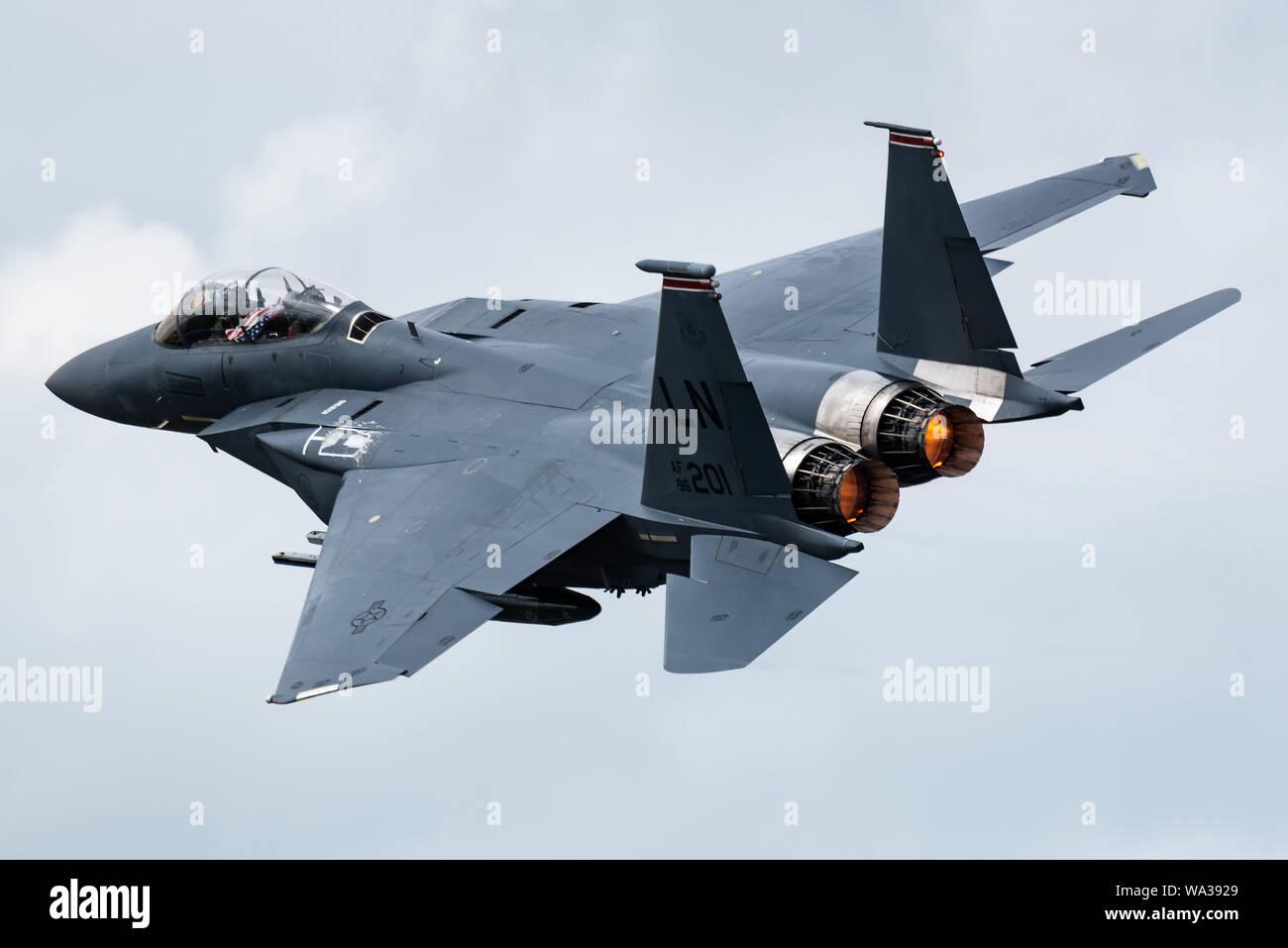 Un McDonnell Douglas F-15E Strike Eagle jet de combat polyvalent à partir de la 48e Escadre de chasse de l'United States Air Force (USAF). Banque D'Images