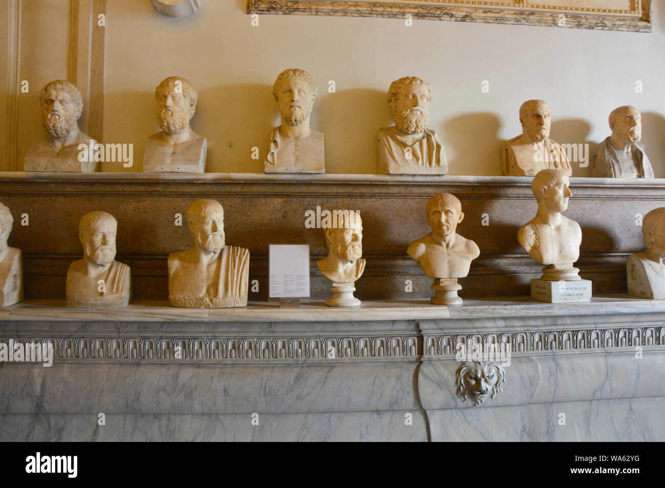ROME, ITALIE - 6 avril 2016: Salle des Philosophes, Palazzo Nuovo, Musées du Capitole, Rome, Italie Banque D'Images