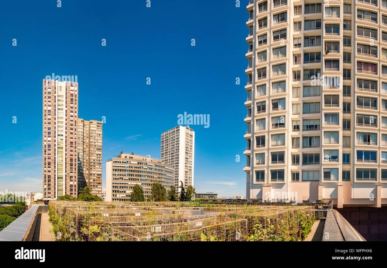 France, Paris, les agriculteurs urbains Pois et l'amour, un nouveau concept de jardin sur le toit des bâtiments, ici sur l'hôtel Yooma du Front de Seine Banque D'Images