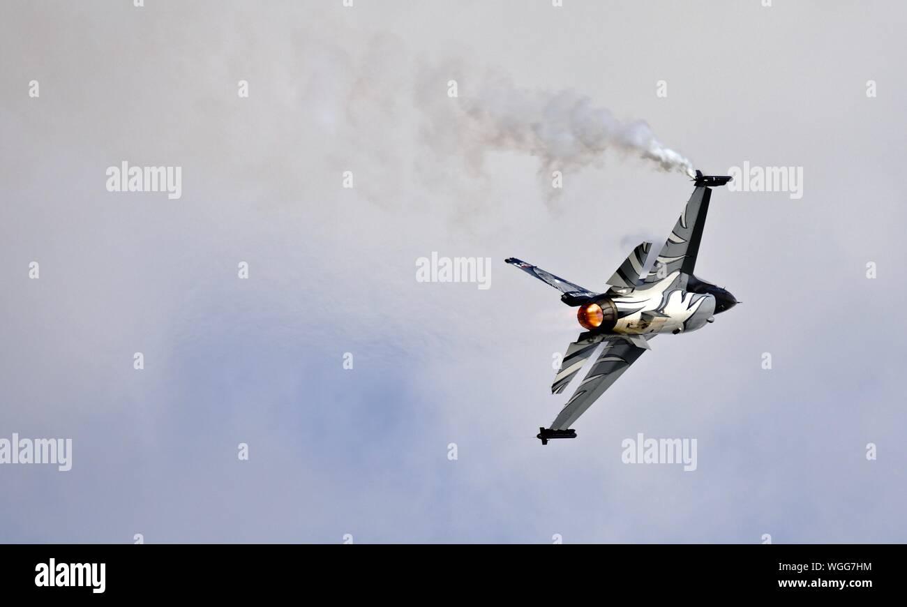 Belgian Air Force F-16 Fighting Falcon Falcon 'Dark' à la Royal International Air Tattoo 2019 Banque D'Images