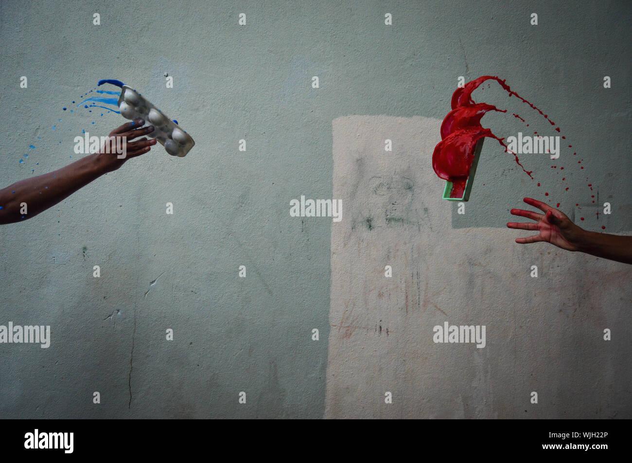 Jeter De La Peinture Banque D Image Et Photos Alamy