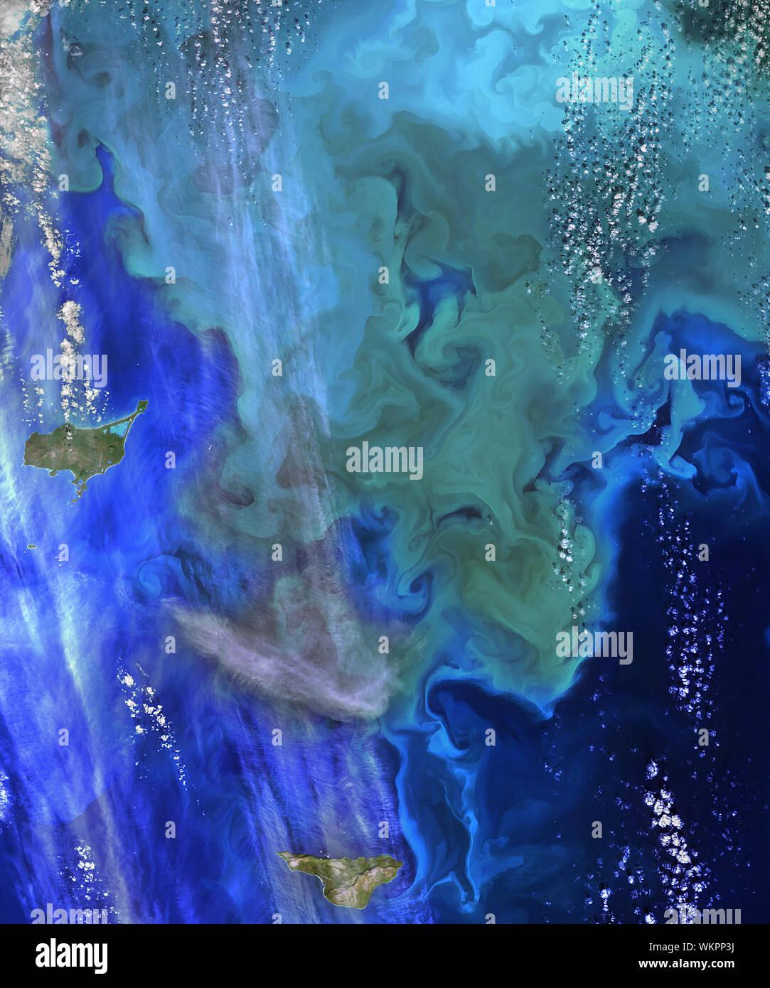 La croissance du phytoplancton, des îles Pribilof, Alaska, mer de Béring, le 22 septembre 2014, par la NASA/DPA Banque D'Images