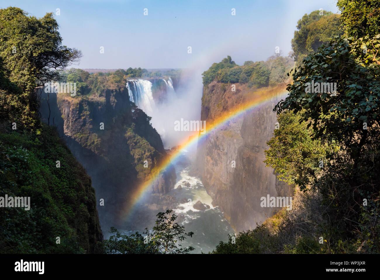 Victoria Falls Gorge et de truites arc-en-ciel, Zambèze, entre le Zimbabwe et la Zambie, l'Afrique Banque D'Images
