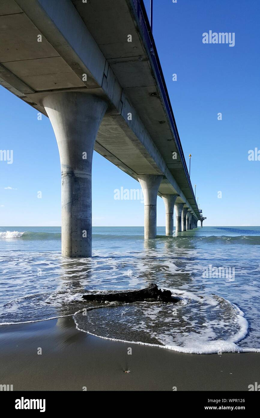 Low Angle View Of New Brighton Pier Banque D'Images