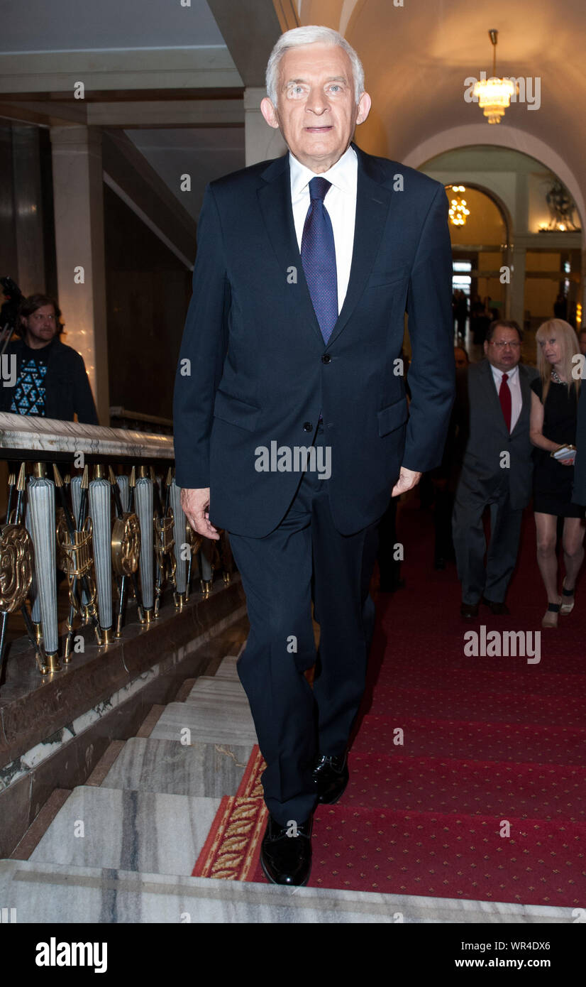 14.10.2009 Varsovie, Pologne. 'Teraz Polska' Gala. Sur la photo: Jerzy Buzek Banque D'Images