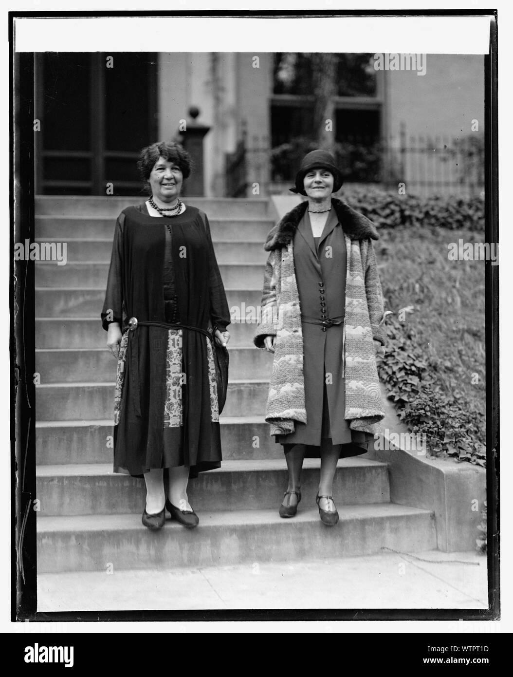 Mme Emmeline Pethick-Lawrence & Mme Jacob Riis, 10/1/25 Banque D'Images