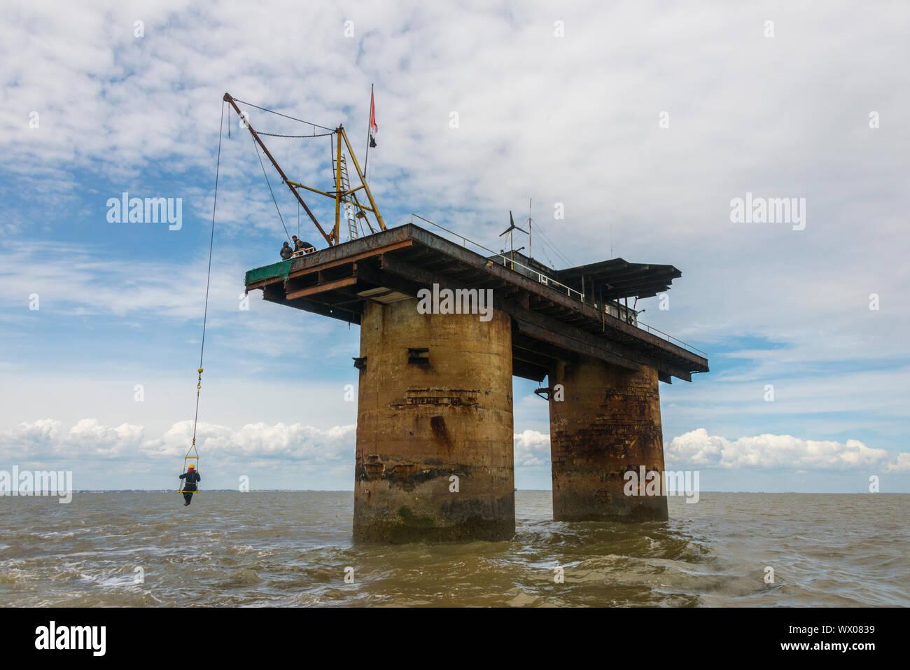 Vue de la tour, l'ex-Roughs de plate-forme de la défense, une mer Fort Maunsell, maintenant la Principauté de Sealand, Mer du Nord, de l'Europe Banque D'Images