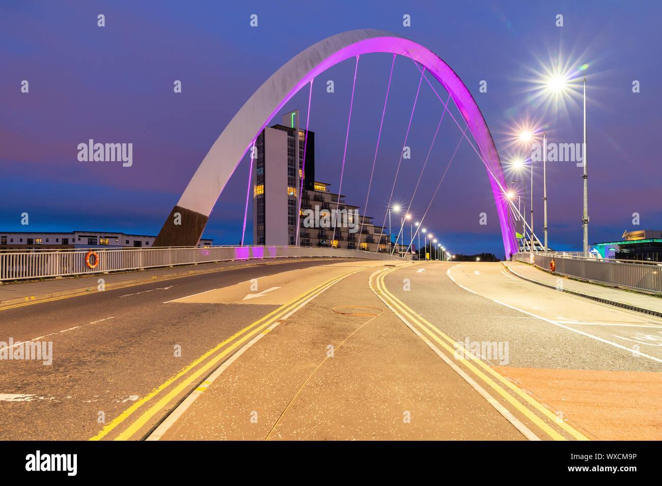 Pont Arc Clyde Glasgow Banque D'Images
