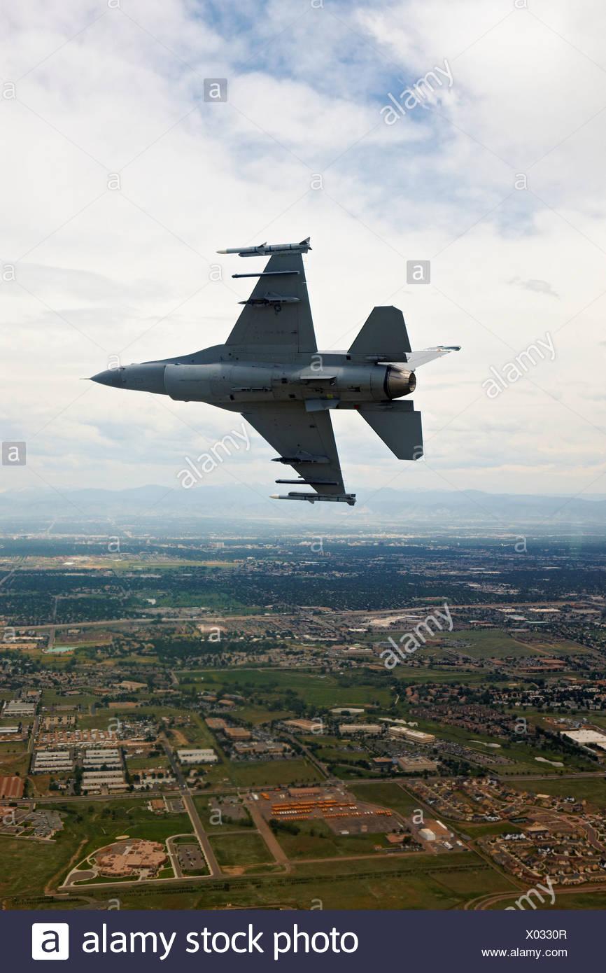 F-16 en vol Tour Banque Photo Stock