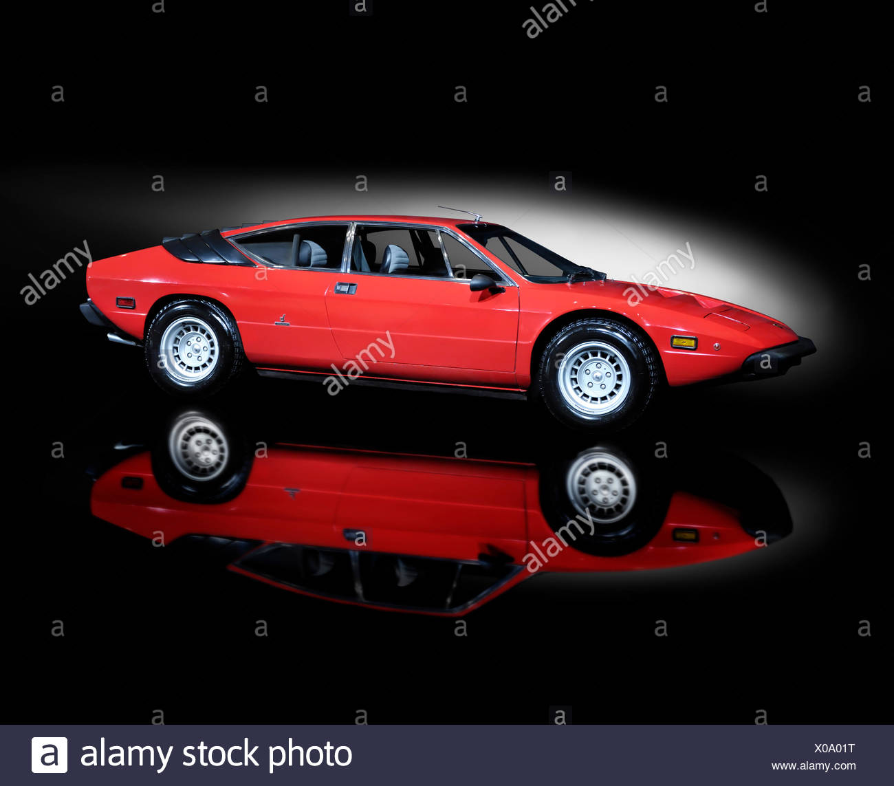 Lamborghini Urraco rouge, 1972, super voiture rétro Photo Stock