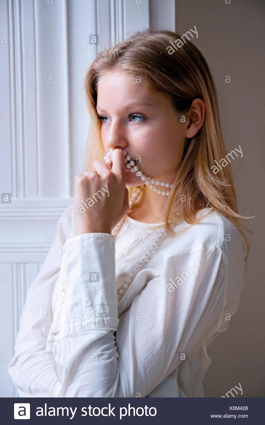 collier de perle bite