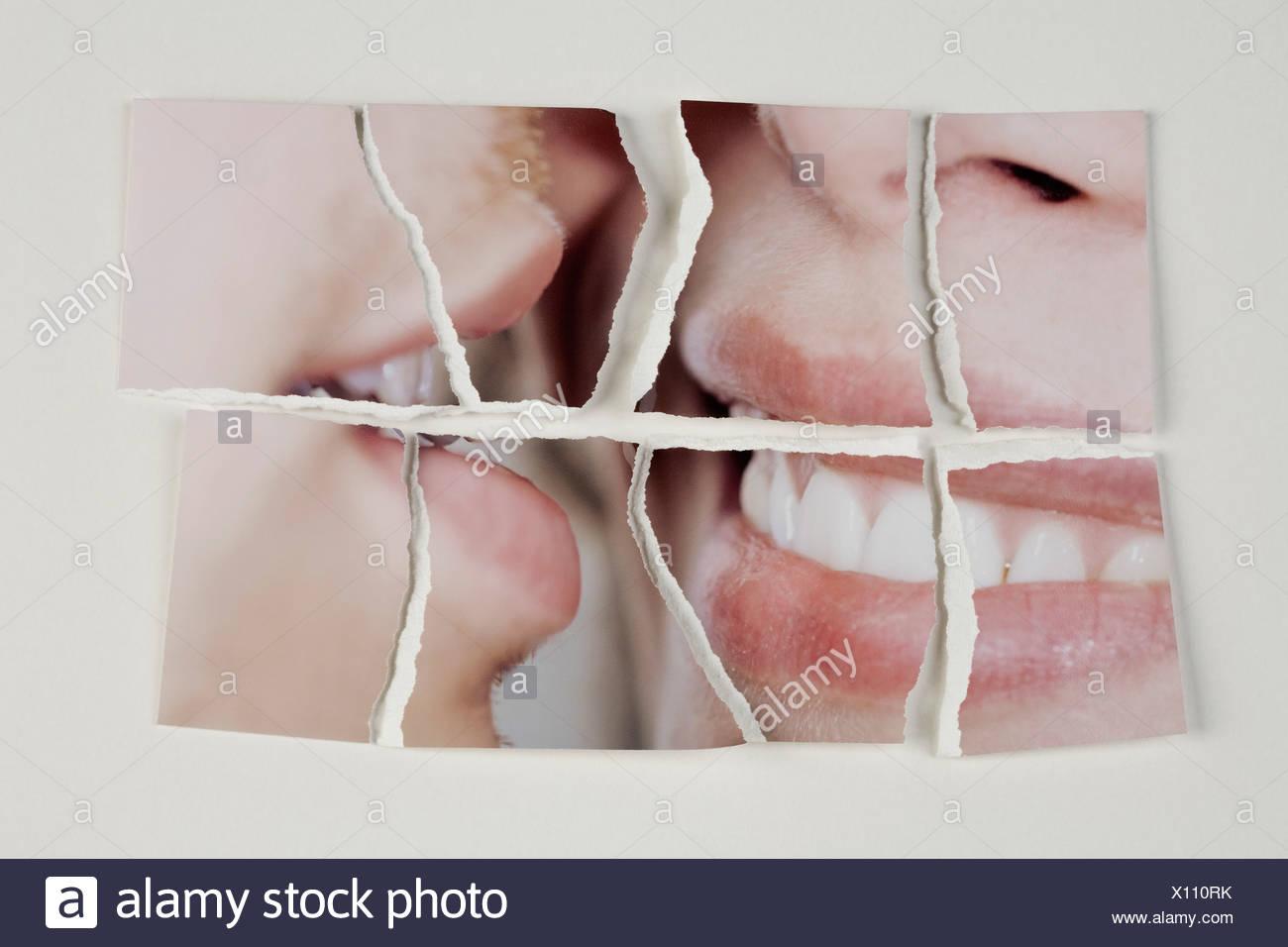 Une photographie d'un couple hétérosexuel cassées en morceaux Photo Stock