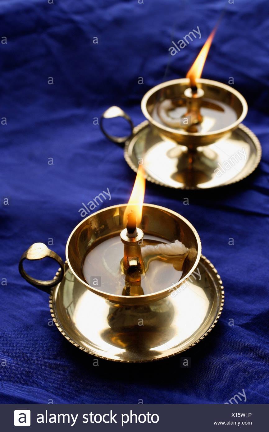 Paire De Lampes A Huile Indienne Banque D Images Photo Stock