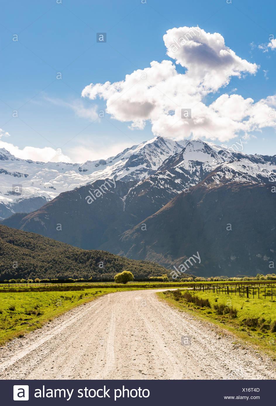 Matukituki Valley Road, à Mount Aspiring, Mount Aspiring National Park, Otago, Nouvelle-Zélande, Southland Photo Stock