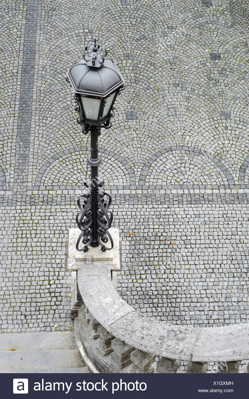 Lanterne, pôle de lumière, escaliers, marches, main courante, pavement, gris, Photo Stock