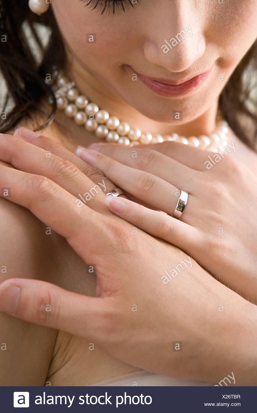 Un moment de tendresse après un mariage Photo Stock