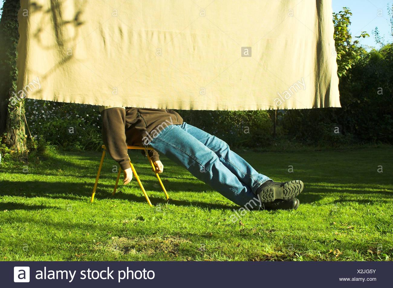 L'homme, exercice de relaxation,détente,repos,loisirs, Photo Stock