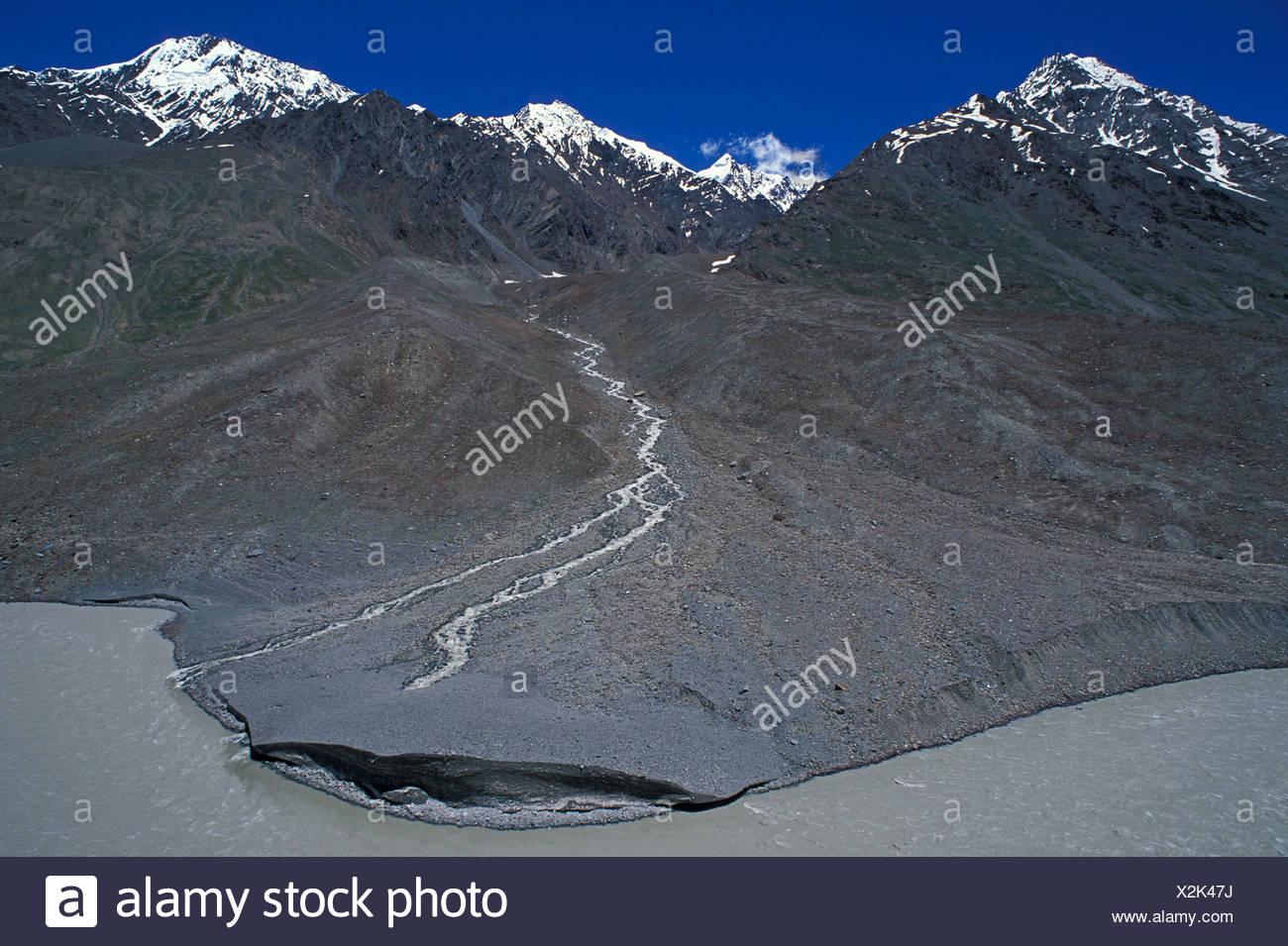 Près de la pointe Kunzum Pass, l'Himachal Pradesh, Himalaya, Inde du Nord, Inde, Asie Photo Stock