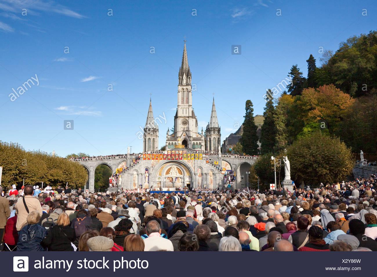 France, Europe, Lourdes, Pyrénées, lieu de pèlerinage, l'espoir, de miracle, de l'église, les croyants, les créanciers, la religion Banque D'Images
