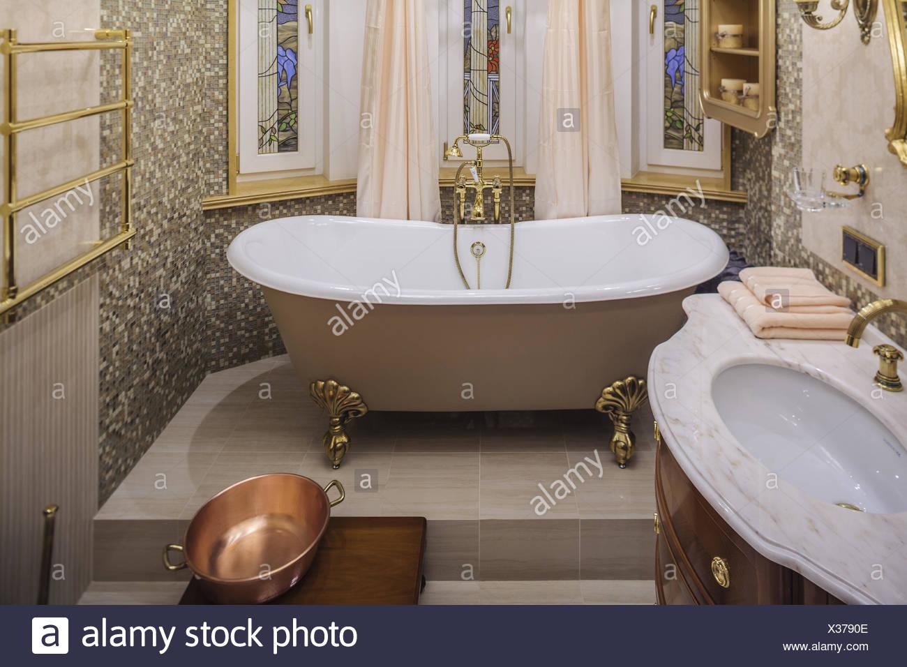Oxydation Salle De Bain ~ old copper bathroom tap photos old copper bathroom tap images alamy