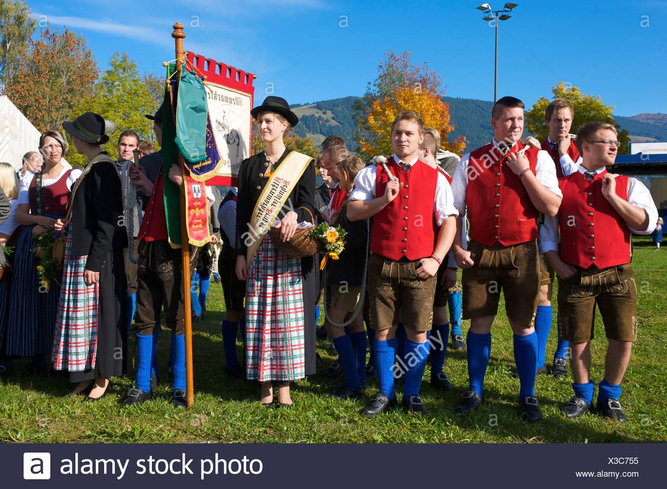 La concurrence traditionnelle Schnalzer, claquement d'un fouet, Saalfelden, région de Pinzgau, Salzburger Land, Autriche, Europe Photo Stock