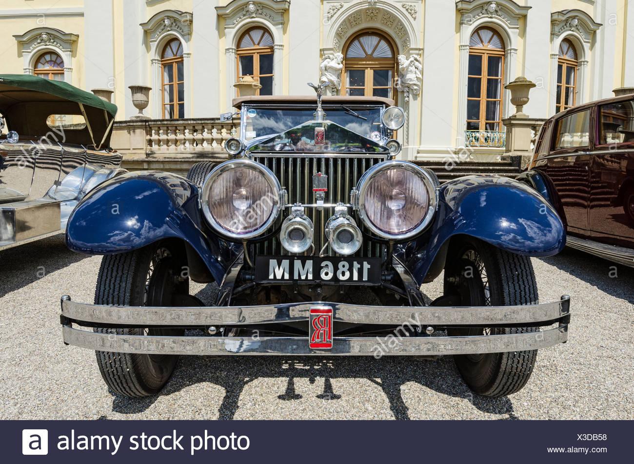 Vue avant d'une voiture classique de Rolls-Royce, classiques répond aux voitures classiques Barock réunion, Ludwigsbourg, région administrative de Photo Stock