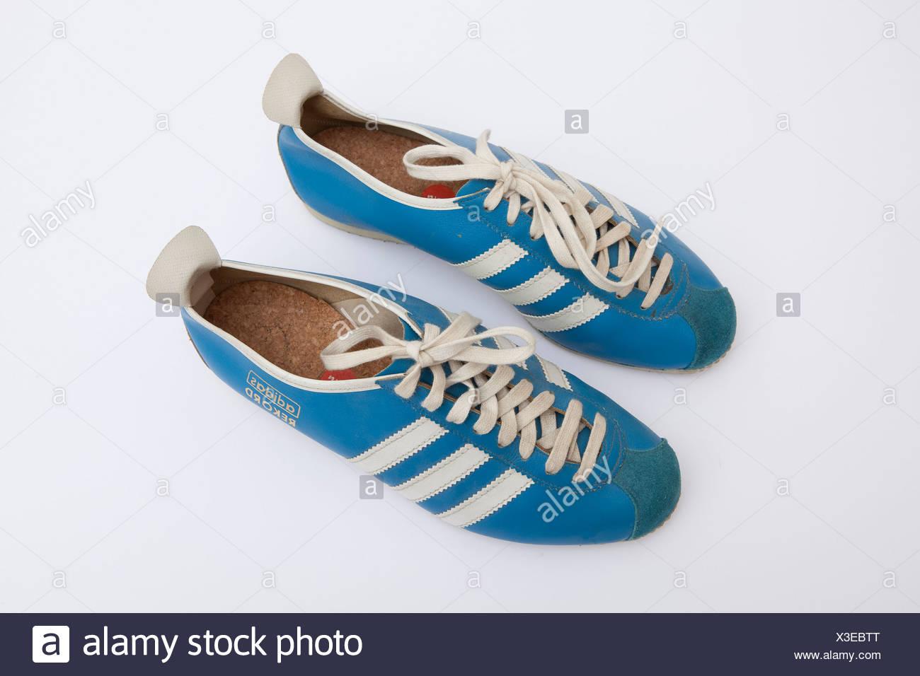 a92ee2da4c0 Adidas chaussures de sport