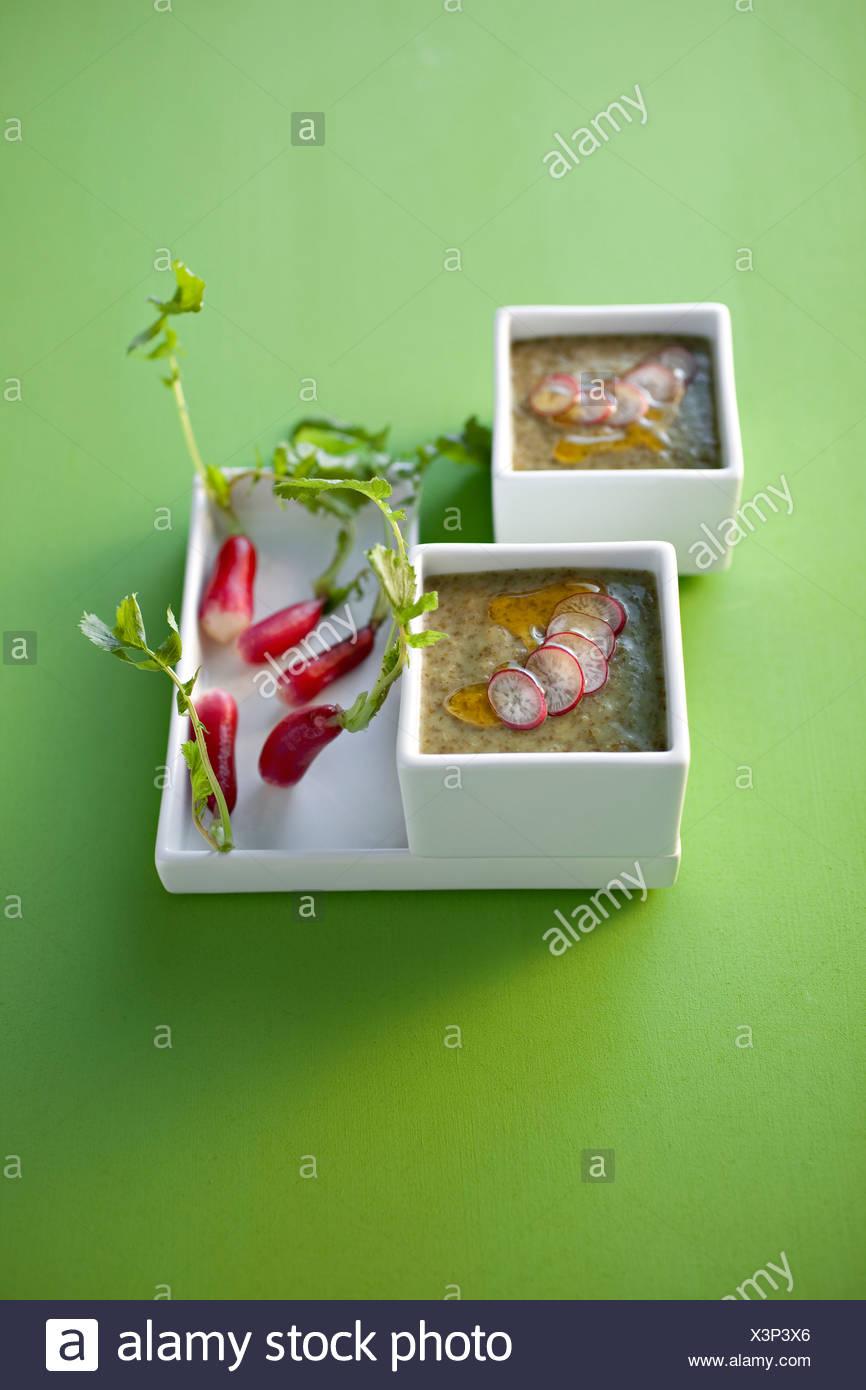Soupe crème de radis pétiole Photo Stock