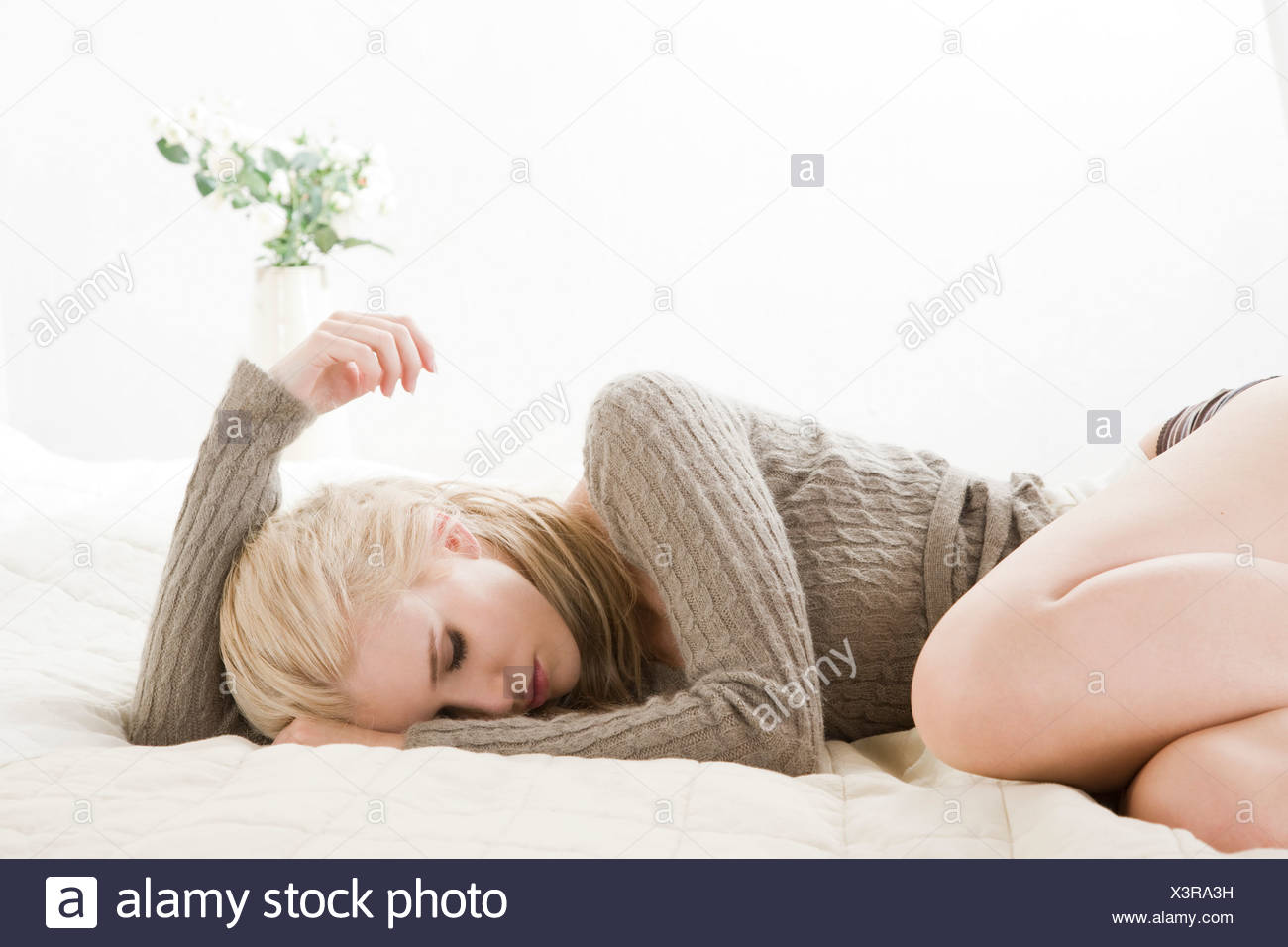 Jeune femme se sentir mal Photo Stock