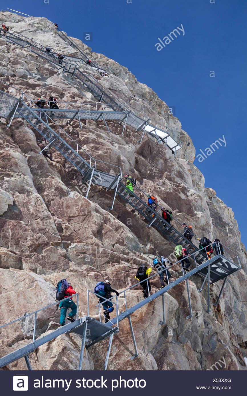 Escaliers, Konkordiahütte, SAC, lieu, Konkordia, montagne, montagnes, glaciers, glace, moraine, canton, le Valais, sports d'hiver, mont Photo Stock
