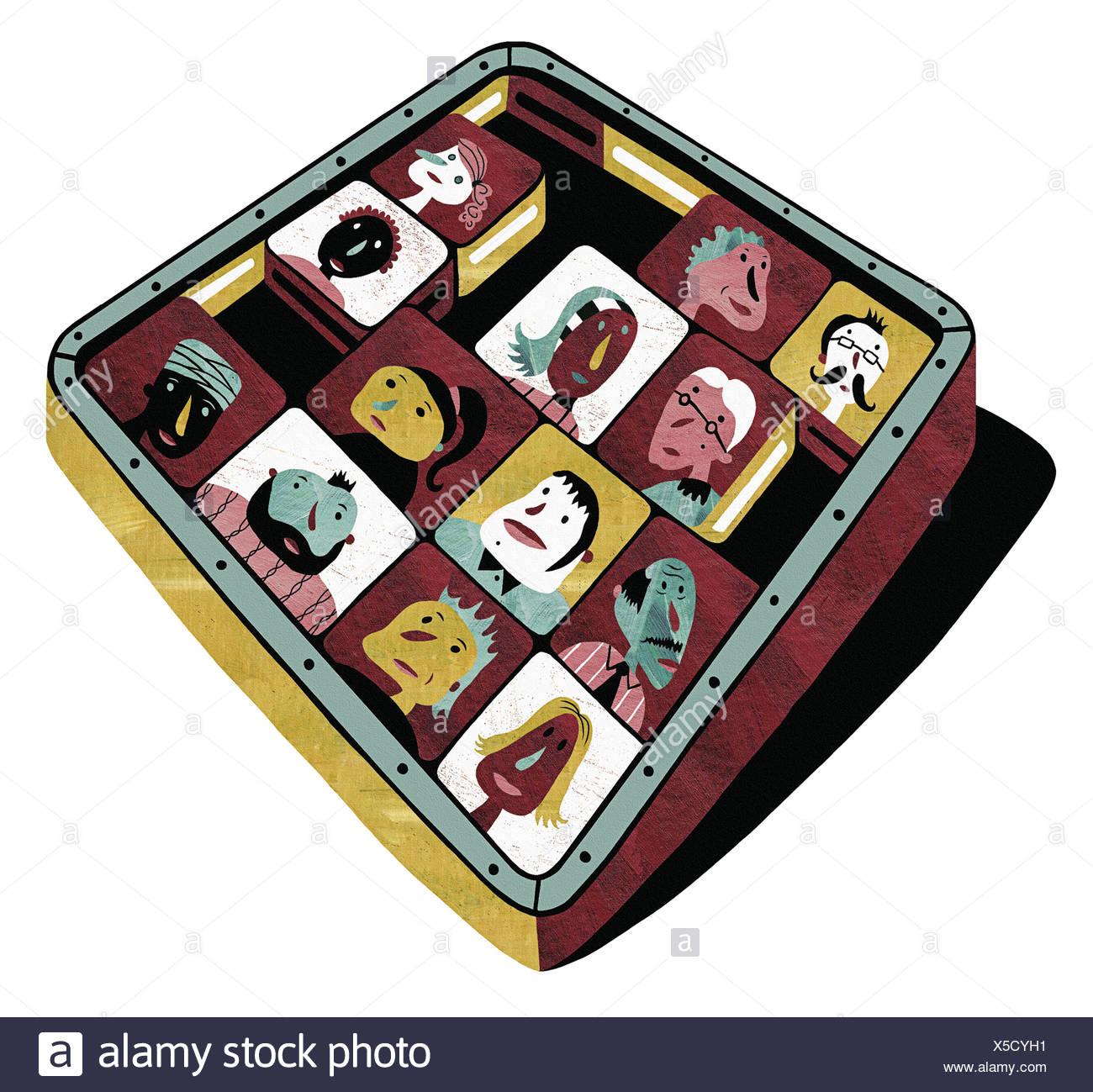 Carré coulissant tile puzzle avec des visages de différentes personnes Banque D'Images