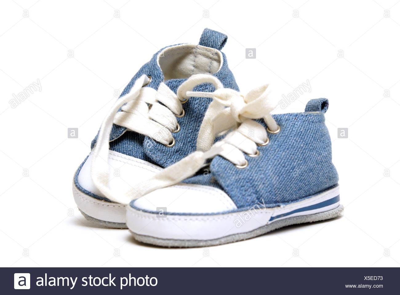 meilleure qualité profiter de prix discount meilleur choix Blue isolée libre nouvelles chaussures petits jeunes tout ...