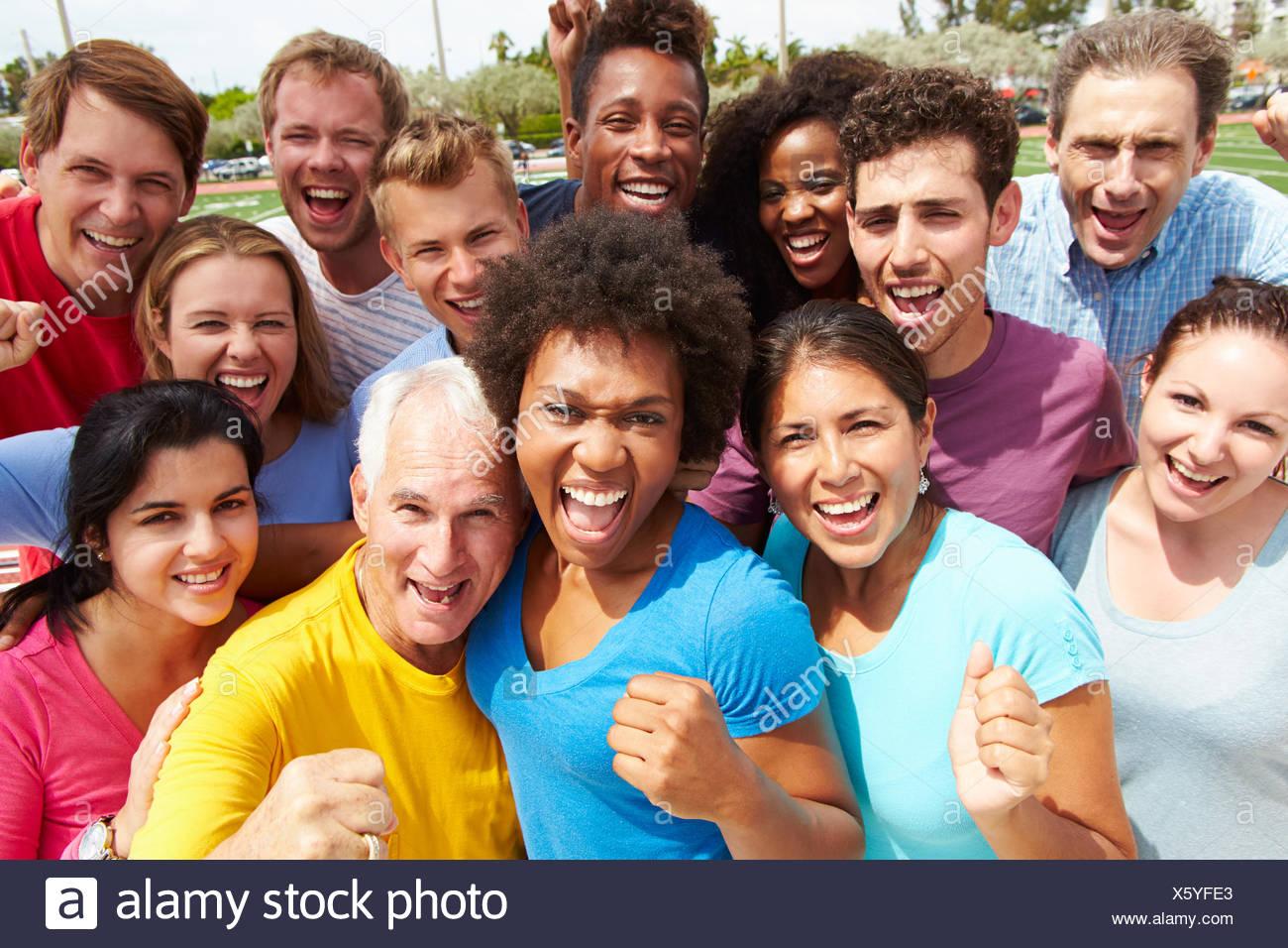 Portrait plein air de foule multiethnique Photo Stock
