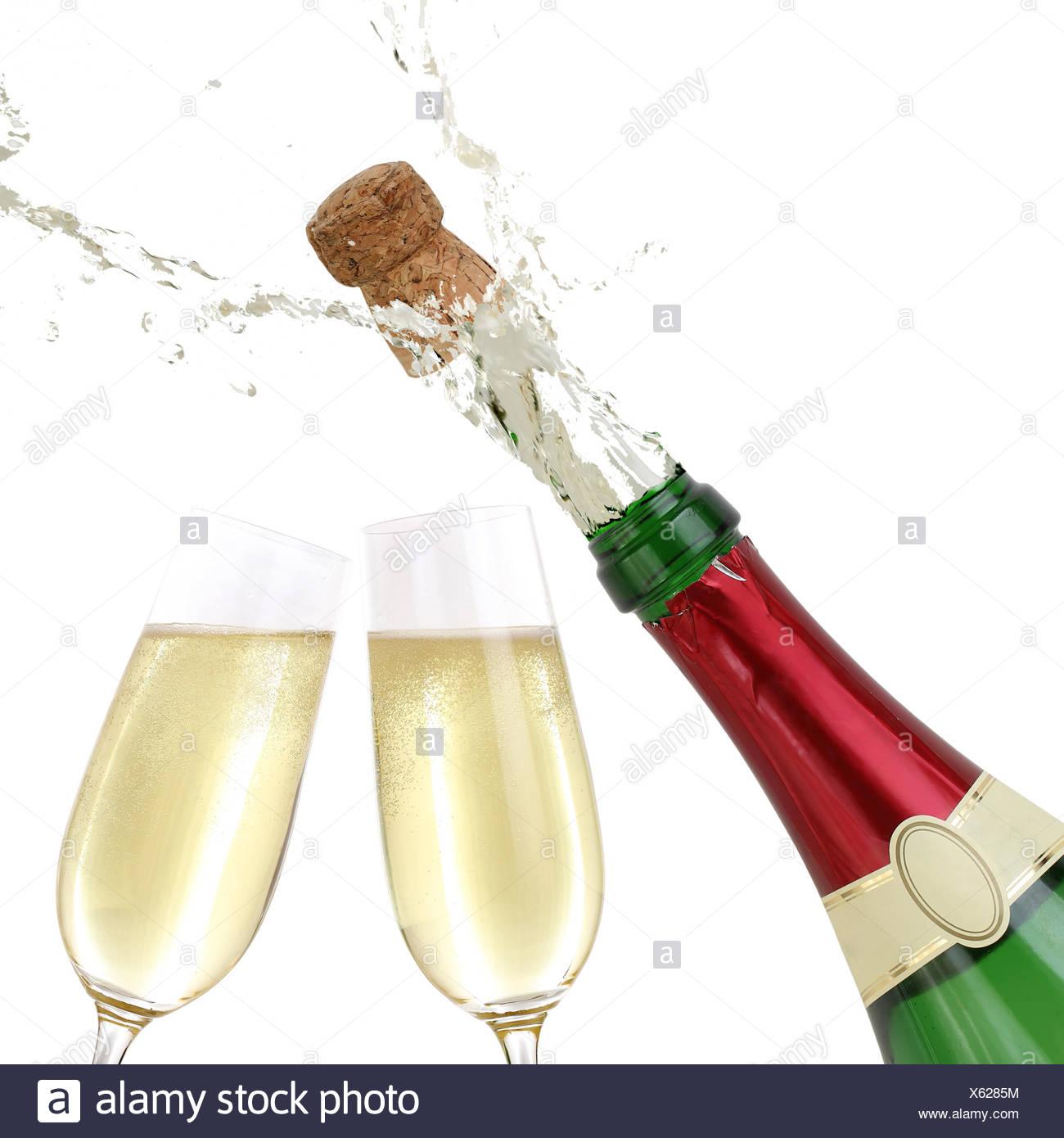 champagner spritzt aus flasche ansto en aufs neue jahr banque d 39 images photo stock 279104160. Black Bedroom Furniture Sets. Home Design Ideas