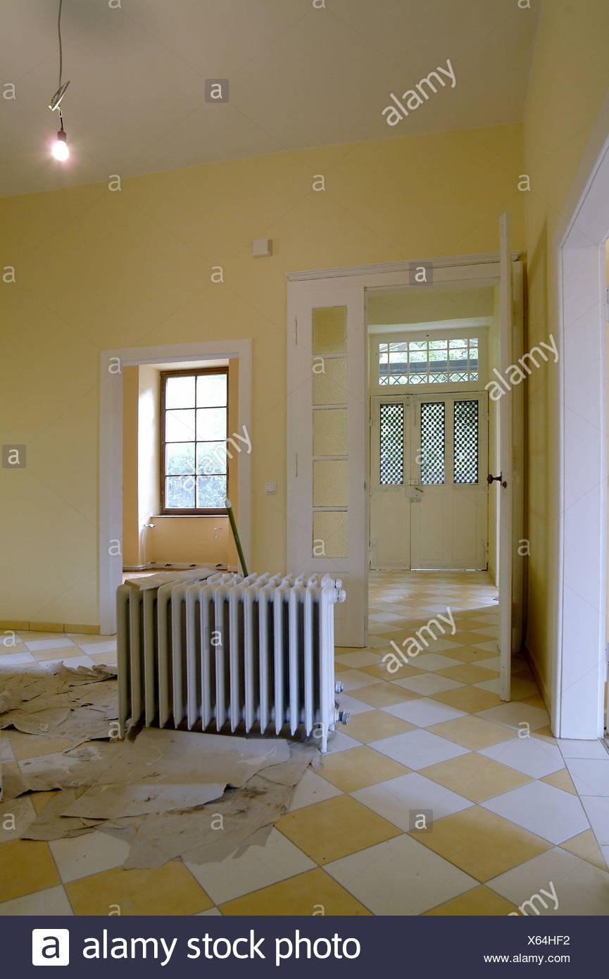 Carrelage Sol Interieur Renovation maison, rénovation, reconstruction, hall, radiateurs, sol