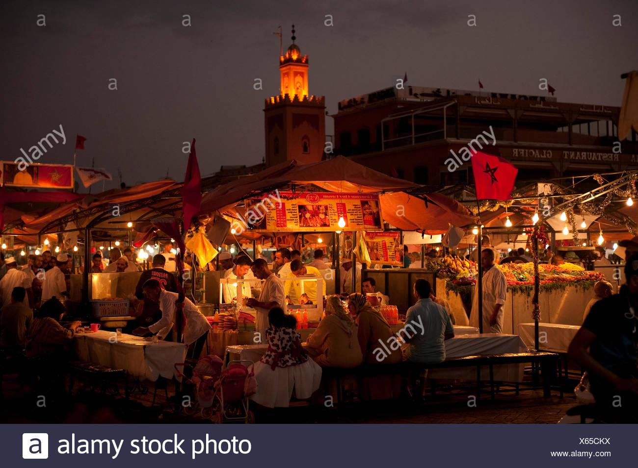 Djemaa el-Fna, place principale, Marrakech, Maroc Photo Stock