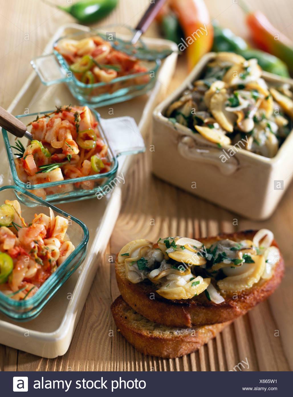 Calamars sur toast Banque D'Images