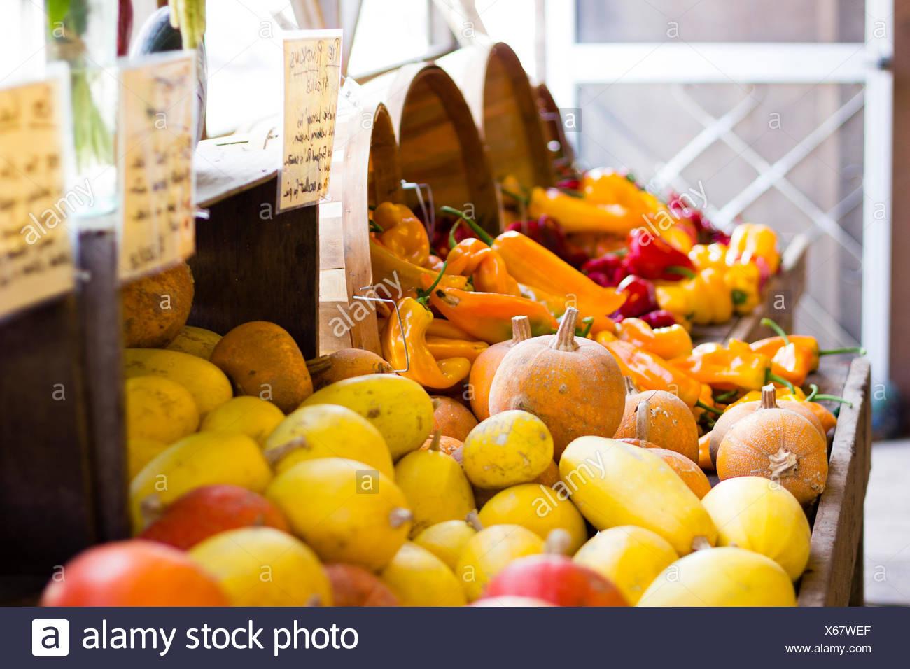 Produire de l'automne à un marché de producteurs. Photo Stock