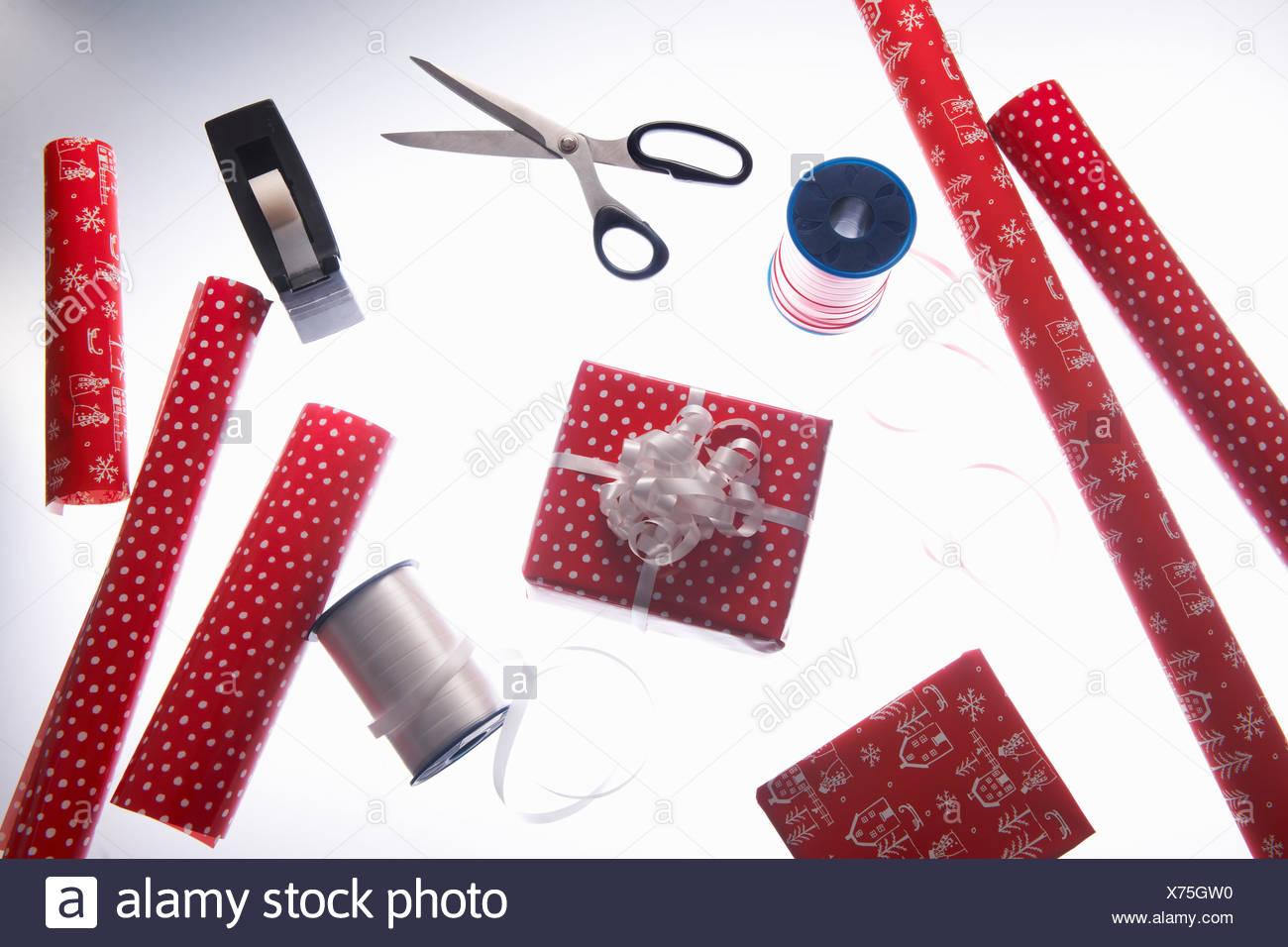 Papier d'emballage et ruban de Noël Photo Stock